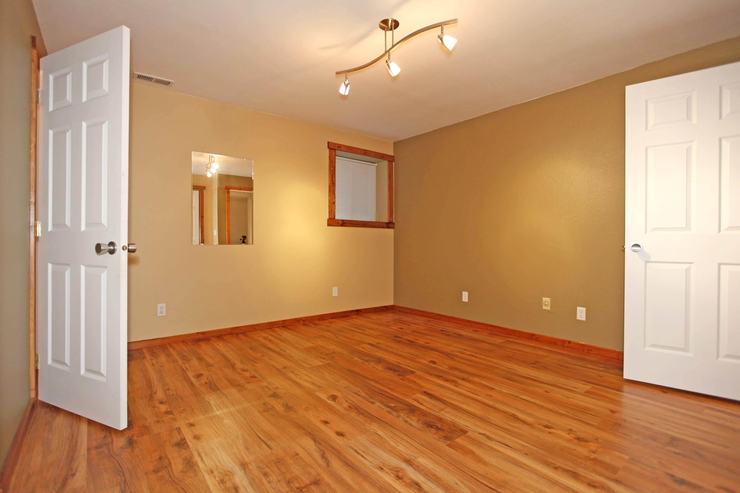 10 Top Tips for the Perfectly Refinished Hardwood Floors (Part II)