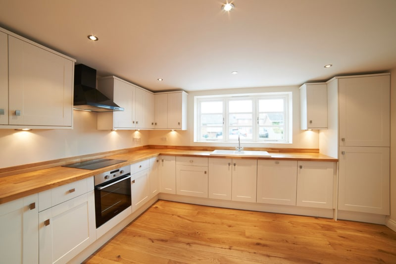 How To Choose The Perfect Wooden Floor For Your Kitchen